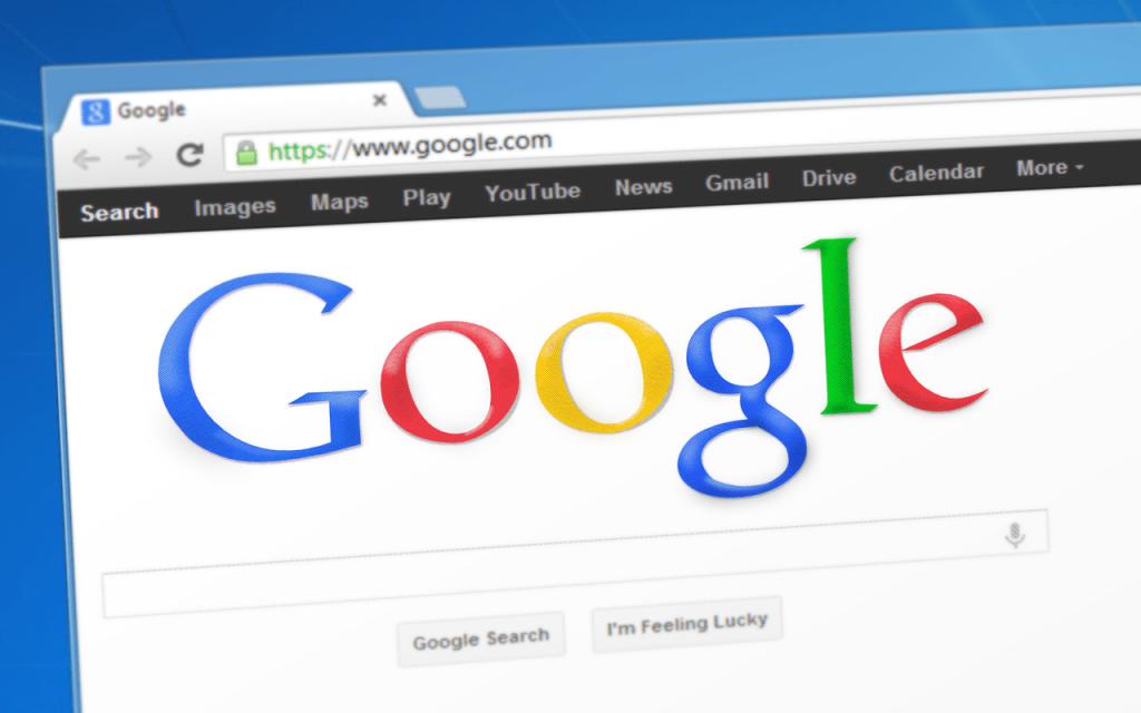 Ile kosztuje reklama Google oraz Facebook?